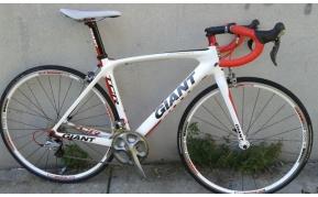 GIANT TCR COMPOSIT carbon országúti kerékpár használt 51-54cm