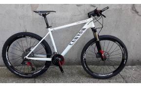 CANYON F8 MTB 26-OS kerékpár használt